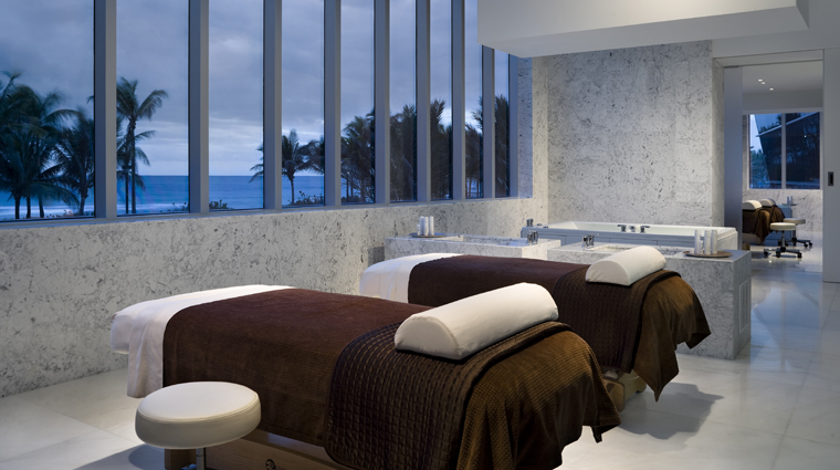 PropertyImage LapisTheSpaAtFontainebleau Spa Basics CouplesTreatmentRoom Credit FontainebleauMiamiBeach