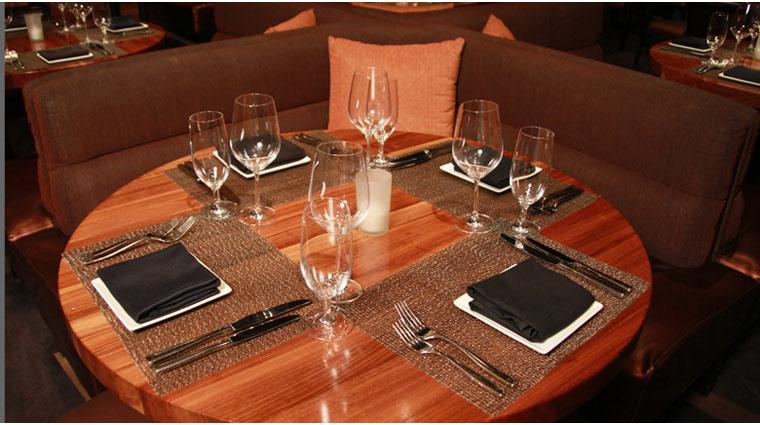 PropertyImage MGMGrand LasVegas Restaurant Fiamma Style TableSetting CreditFiveStarTravelCorp