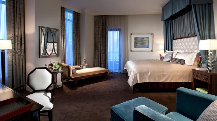 PropertyImage MandarinOrientalAtlanta Hotel GuestroomSuite PresidentialSuite Bedroom CreditMandarinOrientalHotelGroup