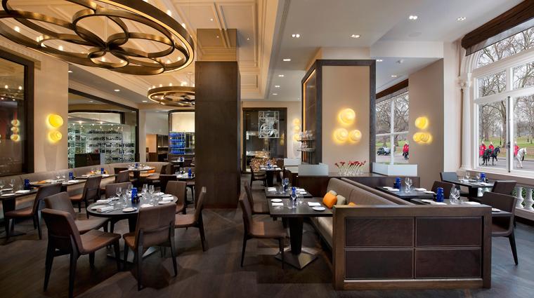 PropertyImage MandarinOrientalHydePark Hotel Restaurant DinnerbyHestonBlumenthal CreditMandarinOrientalHotelGroup