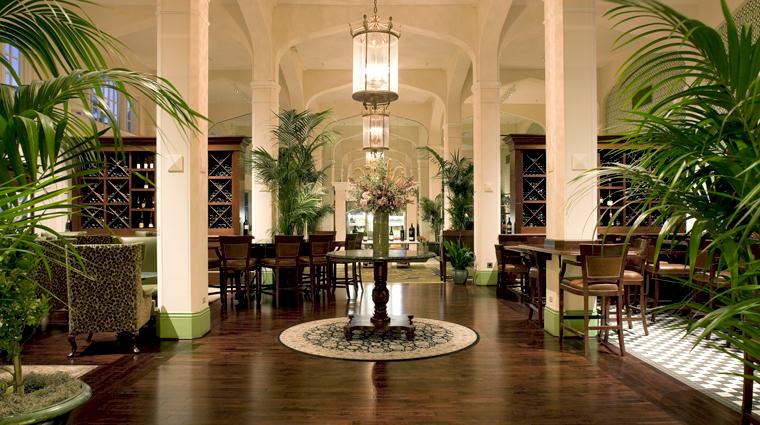 PropertyImage MaritageattheClaremont Restaurant Style MeritageLounge 2 CreditClaremontHotelandSpa