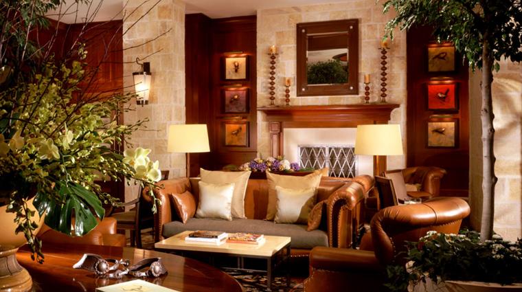 PropertyImage MokaraHotelAndSpa SanAntonio Hotel PublicSpaces Lobby 2 CreditMokaraHotelsandSpas