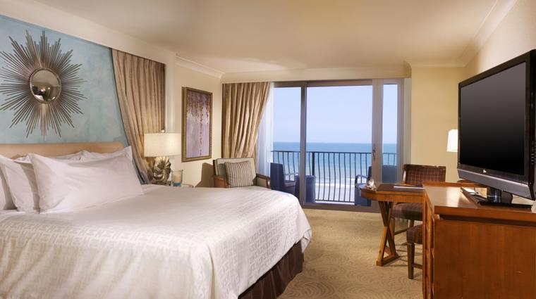 PropertyImage OneOceanResortHotelAndSpa Hotel GuestroomSuites KingRoom Credit OneOceanResortHotelAndSpa