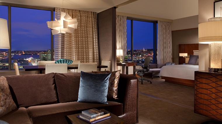 PropertyImage PanPacificHotelSeattle Hotel GuestroomsandSuites SpaceNeedleSuite CreditPanPacificHotelsandResorts