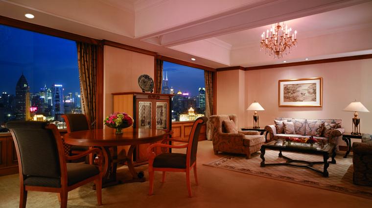 PropertyImage PudongShangriLaShanghai Shanghai Hotel GuestroomSuites SpecialtySuiteRiverWing LivingRoom CreditShangriLaInternationalHotelManagementLtd