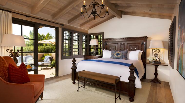 PropertyImage RanchoValenciaHotelAndSpa Hotel GuestroomsSuites CasitaSuite Bedroom CreditRanchoValencia