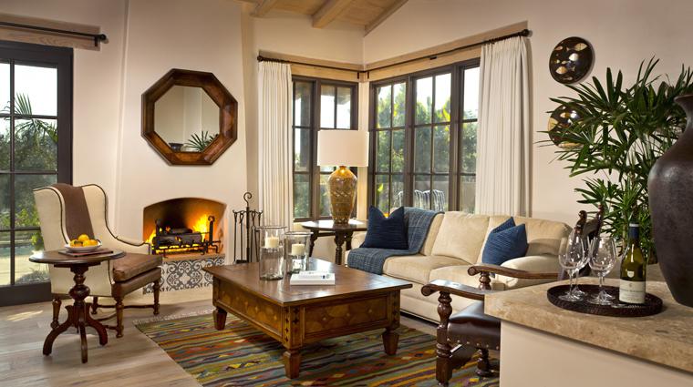 PropertyImage RanchoValenciaHotelAndSpa Hotel GuestroomsSuites CasitaSuite LivingRoom CreditRanchoValencia