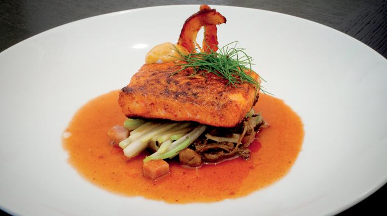 PropertyImage Raya Restaurant Food 2 CreditTheRitzCarltonLagunaNiguel
