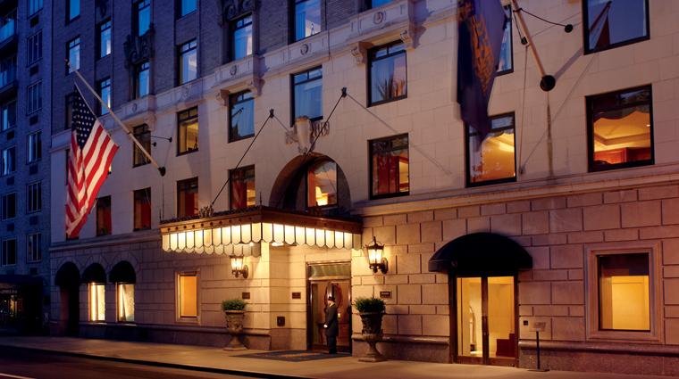 PropertyImage RitzCarltonCentralPark NewYork Hotel ExterioratNight CreditTheRitzCarlton