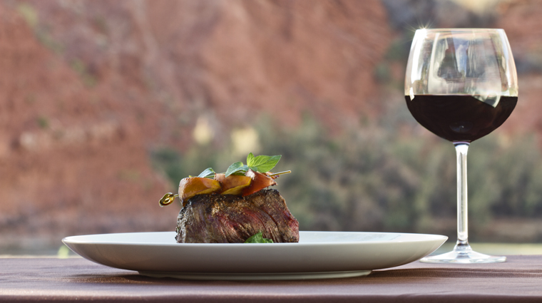 PropertyImage RiverGrillRestaurant Restaurant Food 1 CreditSorrelRiverRanchandSpa