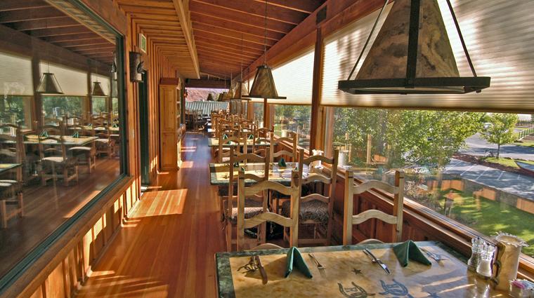 PropertyImage RiverGrillRestaurant Restaurant Style TerraceDining CreditSorrelRiverRanchandSpa