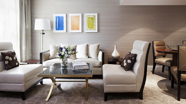 PropertyImage RosewoodHotelGeorgia Hotel GuestroomsandSuites JuniorSuite CreditRosewoodHotels