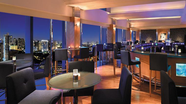 PropertyImage ShangriLaHotelSingapore Hotel BarLounge BLUBar CreditShangriLaInternationalHotelManagementLtd