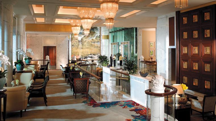 PropertyImage ShangriLaHotelSingapore Hotel PublicSpaces ValleyWingLobby CreditShangriLaInternationalHotelManagementLtd