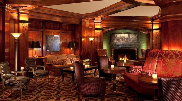 PropertyImage SorrentoHotelSeattle Hotel BarLounge FiresideRoom CreditSorrentoHotelSeattle