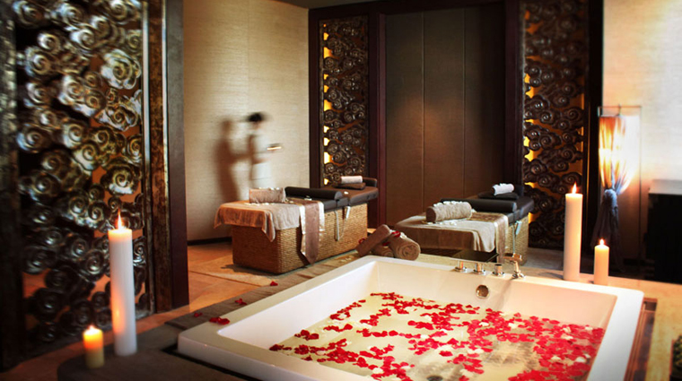 PropertyImage SpaInterContinental Shanghai Spa Basics TreatmentRoom CreditInterContinentalHotelsGroup