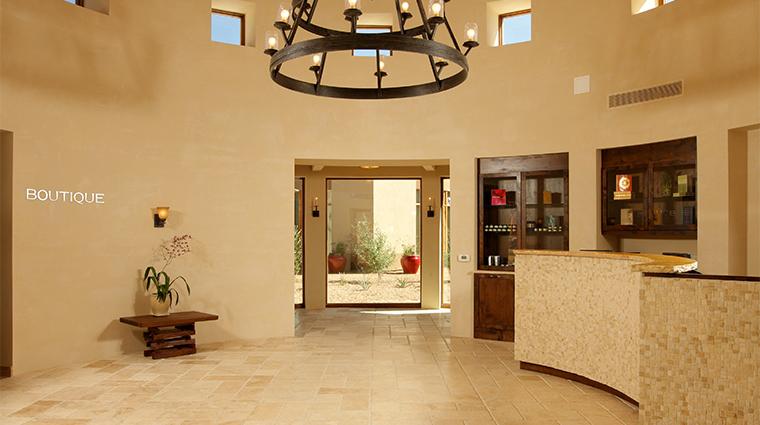 PropertyImage SpaatRanchoEncantado Spa Style SpaReceptionArea CreditFourSeasons