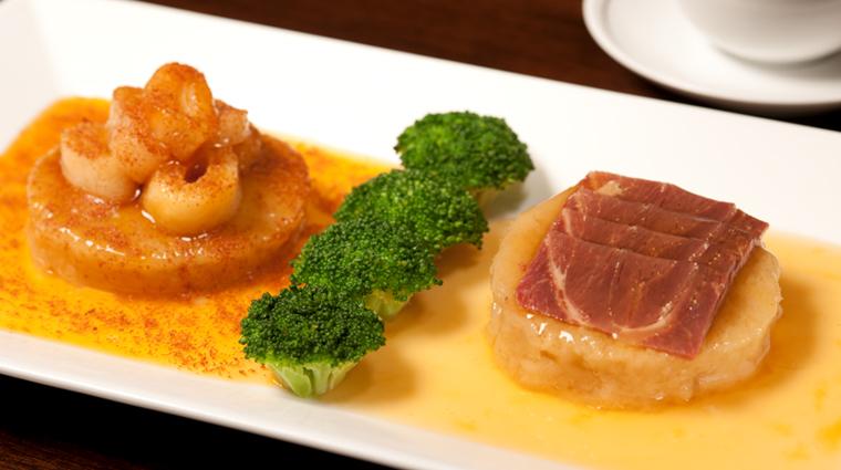 PropertyImage SpringMoon Restaurant Food 4 CreditThePeninsulaHongKong VFMLeonardoInc