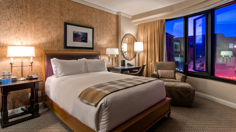 PropertyImage StJulienHotelandSpa Hotel GuestroomSuite Bedroom CreditStJulien