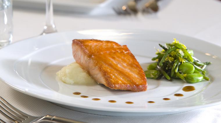 PropertyImage SteinEriksenLodge Restaurant GlitretindRestaurant Food 3 CreditSteinEriksenLodge