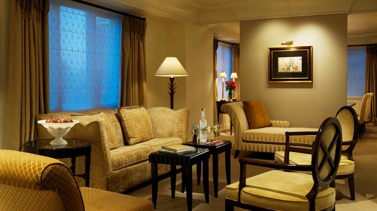 PropertyImage TajCamptonPlace SanFrancisco Hotel GuestroomSuites LuxurySuiteLivingRoom Credit TheIndianHotelsCompany