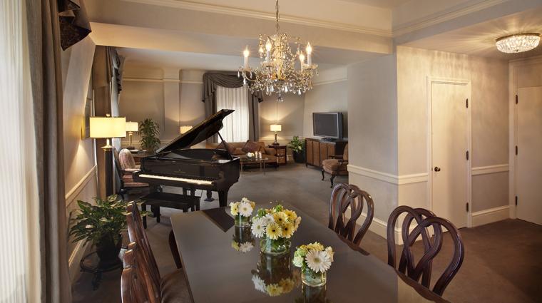 PropertyImage TheBensonHotel Hotel GuestroomsSuites GrandSuite LivingRoom CreditCoastHotelsAndResorts