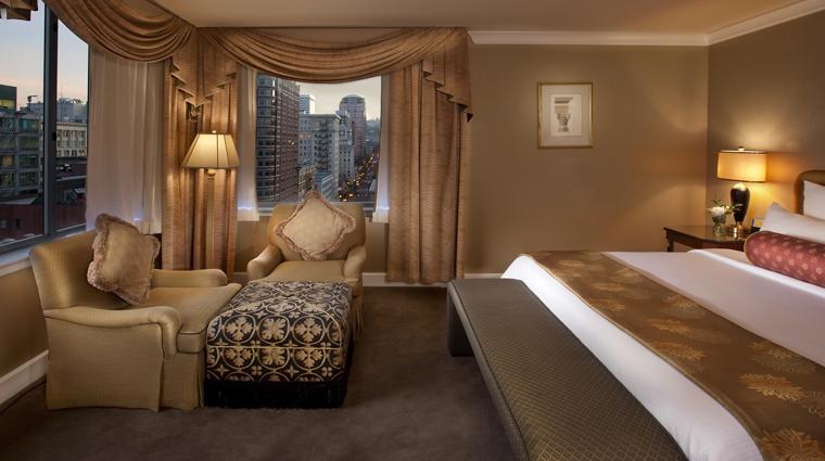 PropertyImage TheBensonHotel Hotel GuestroomsSuites PenthouseSuite Bedroom CreditCoastHotelsAndResorts