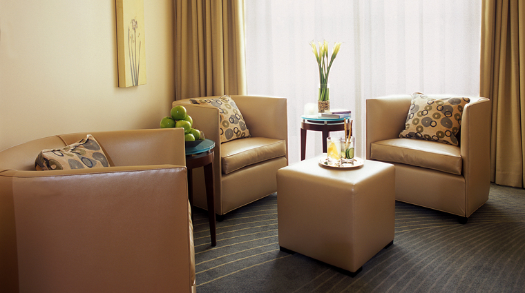 PropertyImage TheBeverlyHillsHotelSpabyLaPrairie LosAngeles Spa Basics Lounge CreditDorchesterCollection