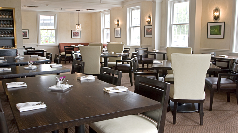 PropertyImage TheEssexResortandSpa Burlington Hotel Restaurant Amuse Interior CreditTheEssex