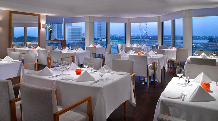 PropertyImage TheFullertonHotelSingapore Hotel Restaurant CreditTheFullertonHotelSingapore