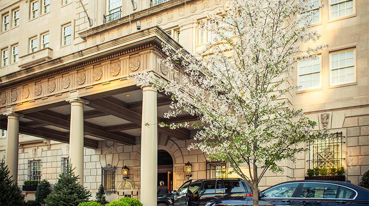 PropertyImage TheHayAdams Hotel Exterior Entrance CreditTheHayAdams