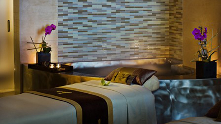 PropertyImage TheLanghamBoston 9 Hotel Spa ChuanSpa CouplesSuite CreditLanghamHotelsInternationalLimited