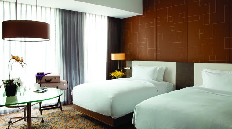 PropertyImage TheLanghamXintiandiShanghai Shanghai Hotel Guestroom ShanghaiGrandRoom CreditLanghamHotelsInternationalLimited