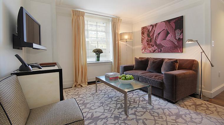 PropertyImage TheMark Hotel 11 GuestroomsandSuites TheMarkStudios CreditTheMarkLLC