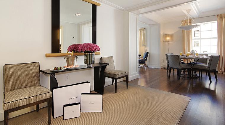 PropertyImage TheMark Hotel 13 GuestroomsandSuites PremierTwoBedroomFoyer CreditTheMarkLLC
