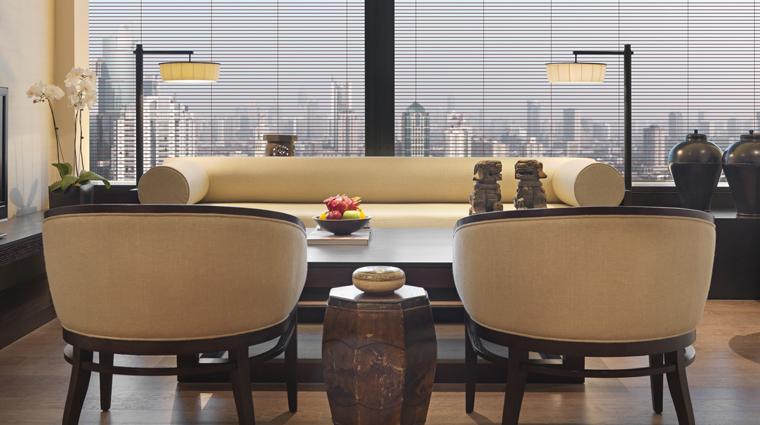 PropertyImage ThePuliHotelandSpa Shanghai Hotel Guestrooms DeluxeSuite LivingRoom CreditThePuliHotelandSpa