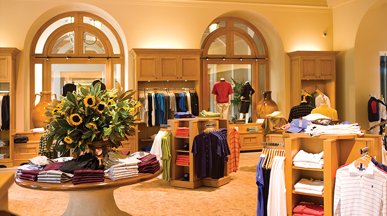 PropertyImage TheResortatPelicanHill Hotel Activity Shopping 5 CreditTheIrvineCompanyResortProperties