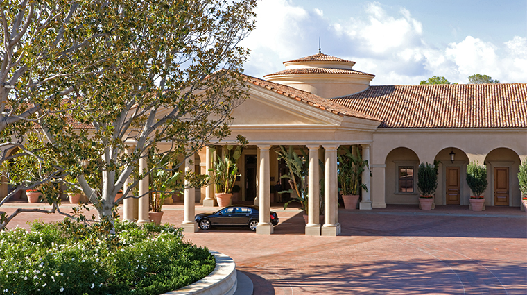 PropertyImage TheResortatPelicanHill Hotel Exterior 1 CreditTheIrvineCompanyResortProperties