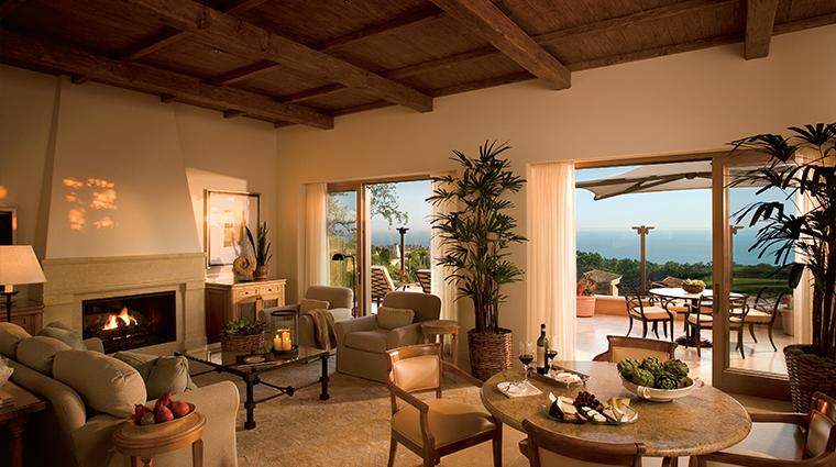 PropertyImage TheResortatPelicanHill Hotel GuestroomsandSuites Villas 9 CreditTheIrvineCompanyResortProperties