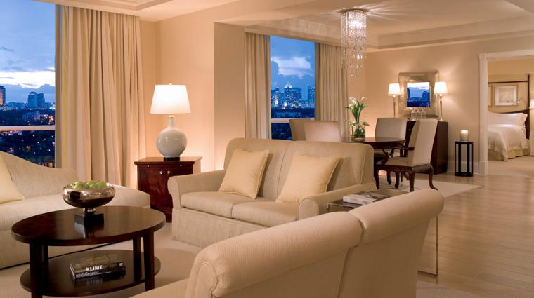 PropertyImage TheRitz CarltonFortLauderdale Hotel GuestroomsandSuites CreditTheRitz CarltonHotelCompanyLLC
