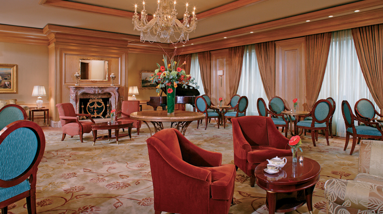 PropertyImage TheRitzCarltonCleveland Hotel PublicSpaces LobbyLounge CreditMarkWieland