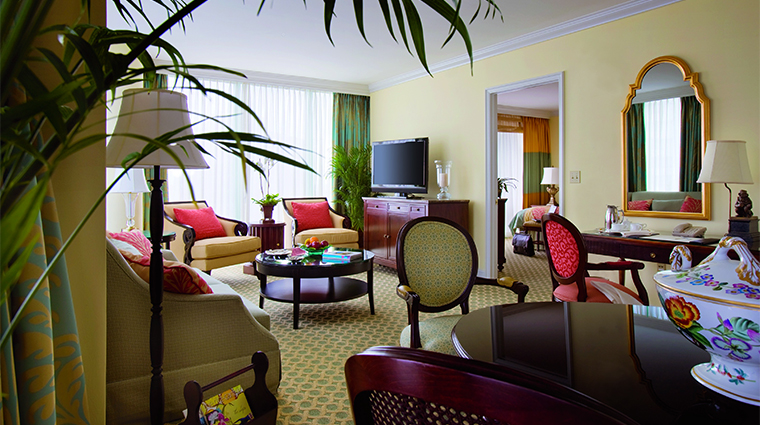 PropertyImage TheRitzCarltonCoconutGroveMiami Hotel GuestroomSuite ExecutiveSuite LivingRoom CreditTheRitzCarltonHotelCompanyLLC