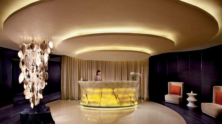PropertyImage TheRitzCarltonHongKong Spa Basic SpaLobby Credit TheRitzCarltonHotelCompanyLLC