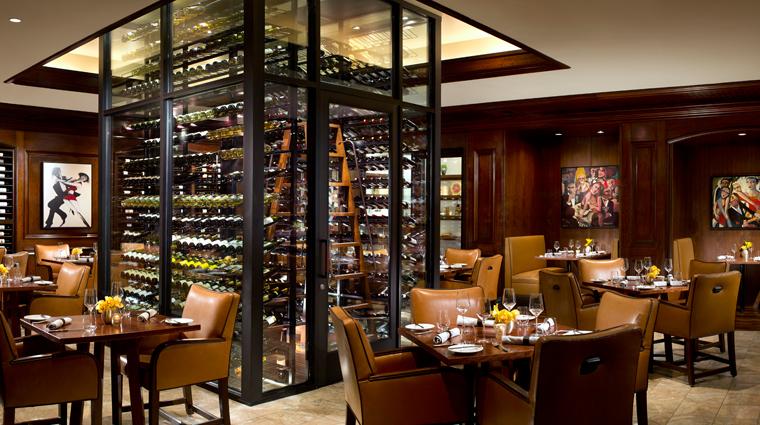 PropertyImage TheRitzCarltonLagunaNiguel Hotel Restaurant Style enoSTEAK CreditTheRitzCarltonLagunaNiguel
