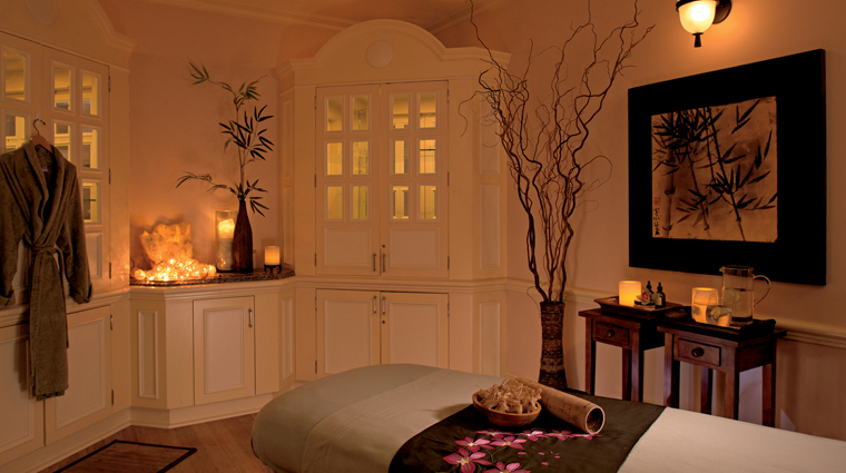 PropertyImage TheRitzCarltonNaples Spa Style TreatmentRoom 2 Credit TheRitzCarltonHotelCompanyLLC