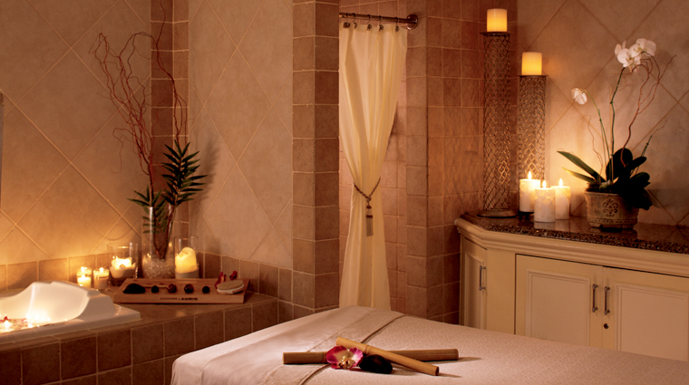 PropertyImage TheRitzCarltonNaples Spa Style TreatmentRoom Credit TheRitzCarltonHotelCompanyLLC