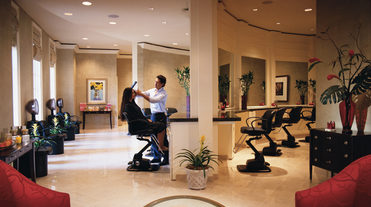 PropertyImage TheRitzCarltonOrlandoGrandeLakes Spa Service HairSalon Credit TheRitzCarltonHotelCompanyLLC