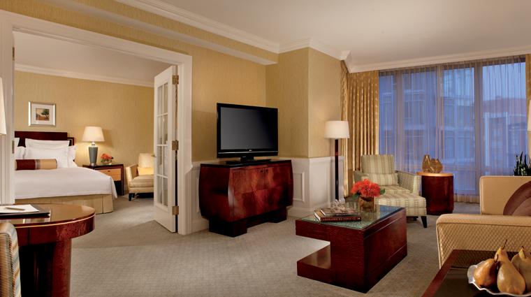 PropertyImage TheRitzCarltonWashingtonDC Hotel GuestroomsandSuites OneBedroomSuite CreditTheRitzCarltonHotelCompanyLLC