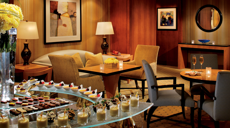 PropertyImage TheRitzCarltonWestchester NewYork Hotel BarLounge ClubLounge Credit TheRItzCarltonHotelCompanyLLC