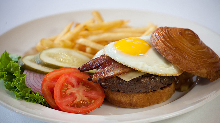 PropertyImage TheRugbyGrille 19 Food Burger CreditTheTownsendHotel